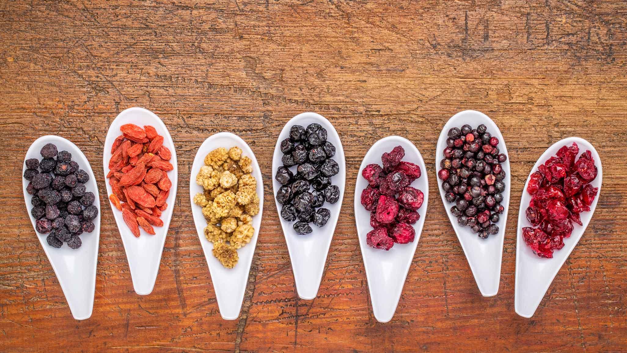 Goji oder Johannisbeere: Welche Beeren sind am gesündesten?