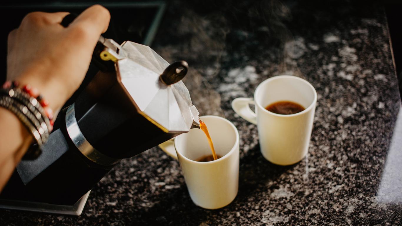 Trinken Sie Kaffee