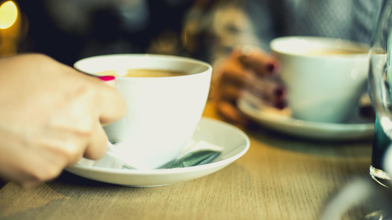 Macht Kaffee nicht nur munter, sondern auch müde?