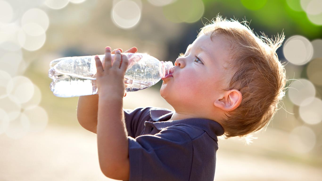 Schalten Plastikflaschen meinen Alarmschalter fürs Übergewicht aus?