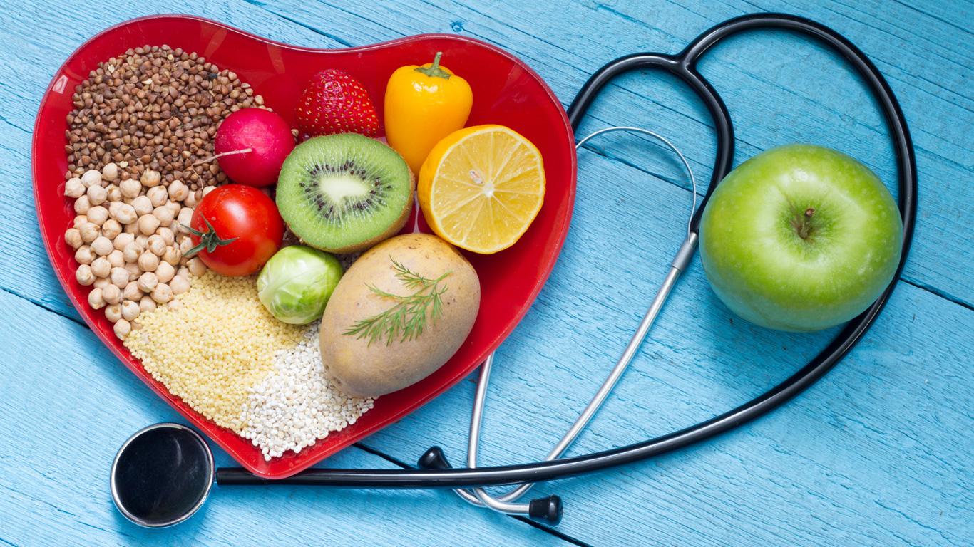 Medikamente, gesunde Ernährung und Bewegung