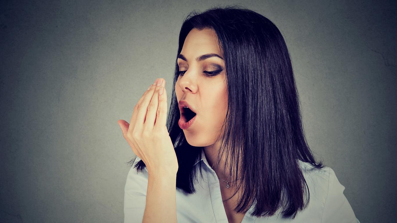 Diese Tricks helfen gegen Mundgeruch