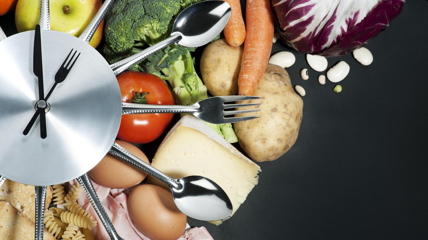 Nicht zu spät und nicht zu üppig essen