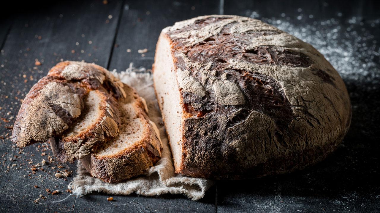 Kann man altes Brot verjüngen?