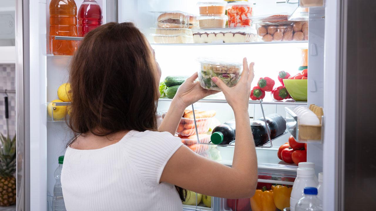 Wie bestimmt der Platz im Kühlschrank die Lebensdauer von Nahrung?